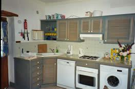 cottage 3 kitchen